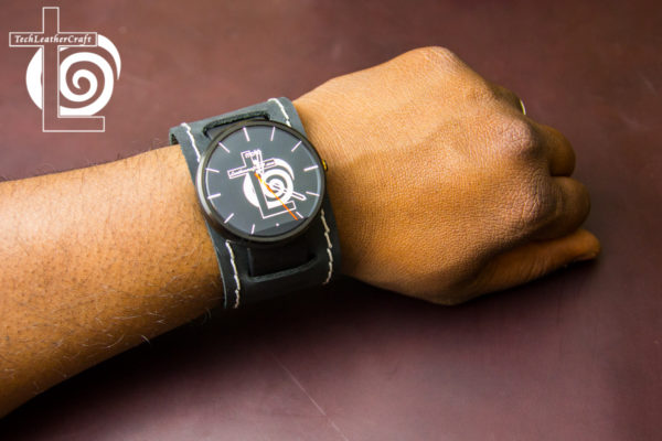Moto 360 Leather Smart-Watch Cuff