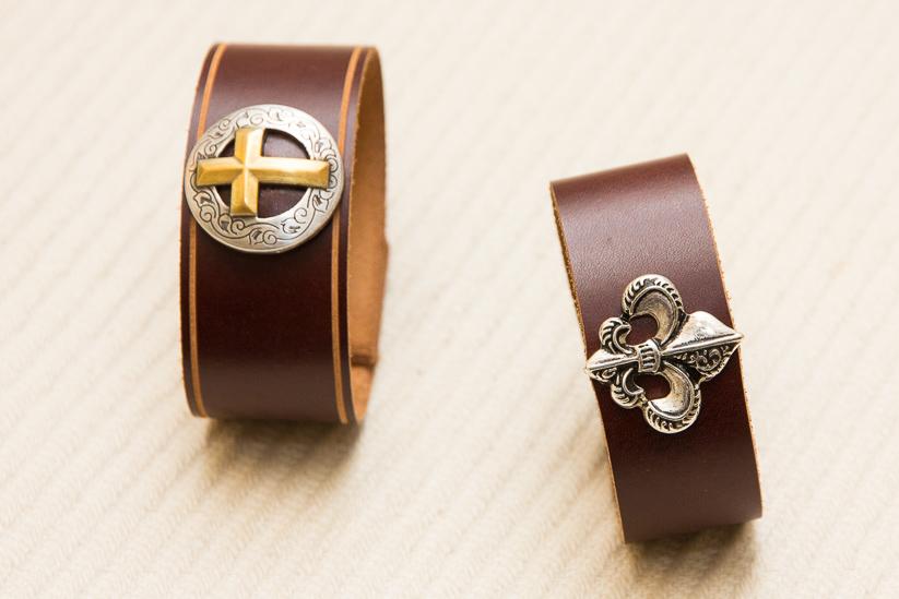 Fleur-De-Lis Christian Cross